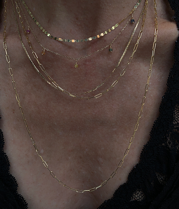 Gjenmi 14k River Chain Necklace modeled on a woman's neck
