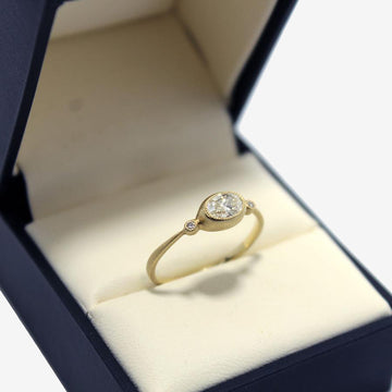 Jennifer Dawes 18k gold Oval Diamond Ring