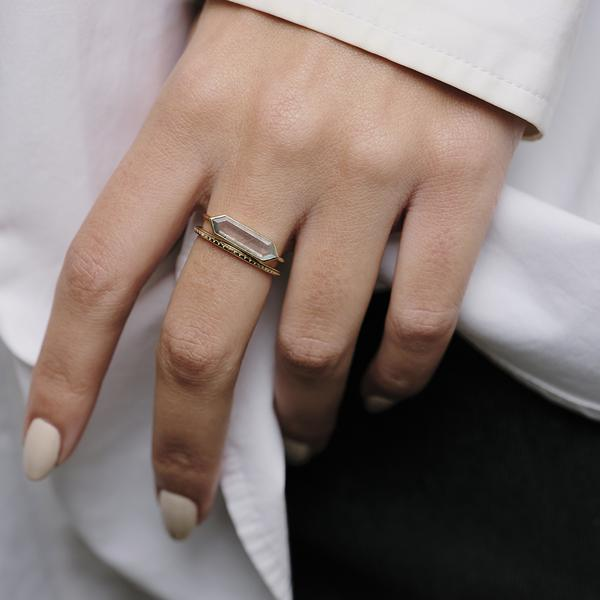 Metier Hexa Moonstone Ring