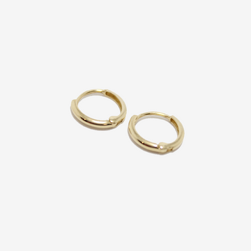 Petite Baleine 14k Gold 8mm Huggie Hoop Earrings