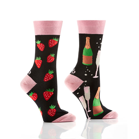 Bubbly & Berries: Women's Crew Socks