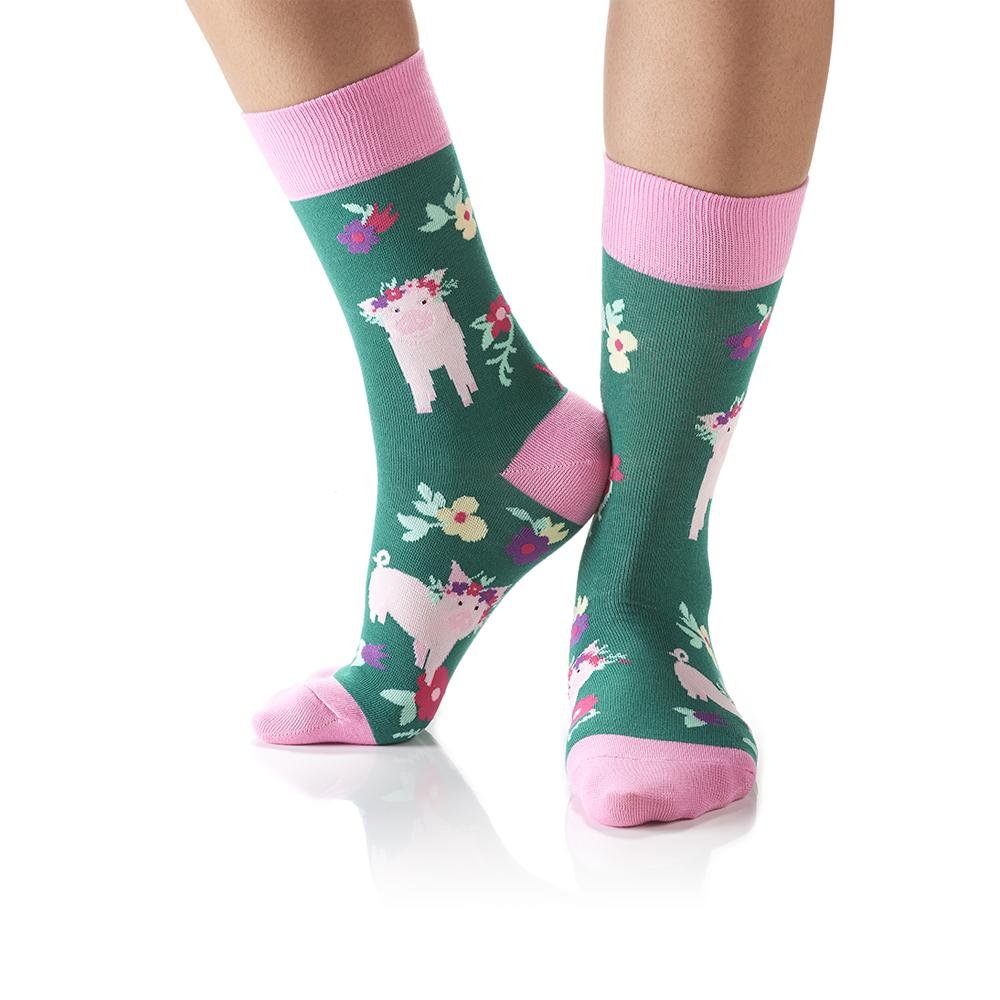 You Got It Babe: Women's Crew Socks