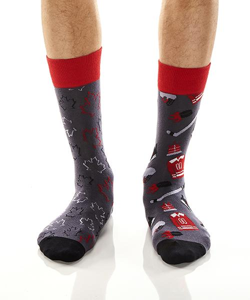 Hockey & Canada: Men's Crew Socks