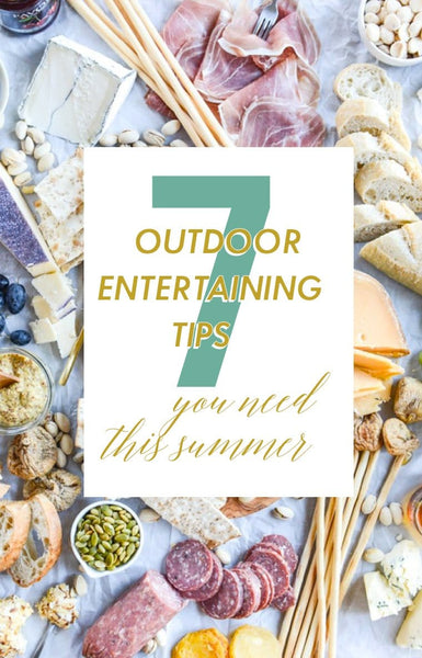 7 Outdoor Entertaining Tips You Need This Summer