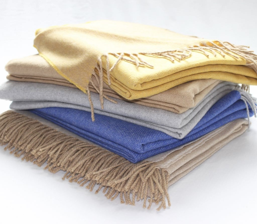 Harlow Henry Harlow Henry Cashmere Collection Throw Camel