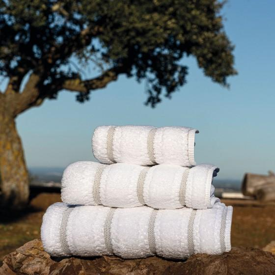 Graccioza Meridian Bath Towel - White | Alchemy Fine Home
