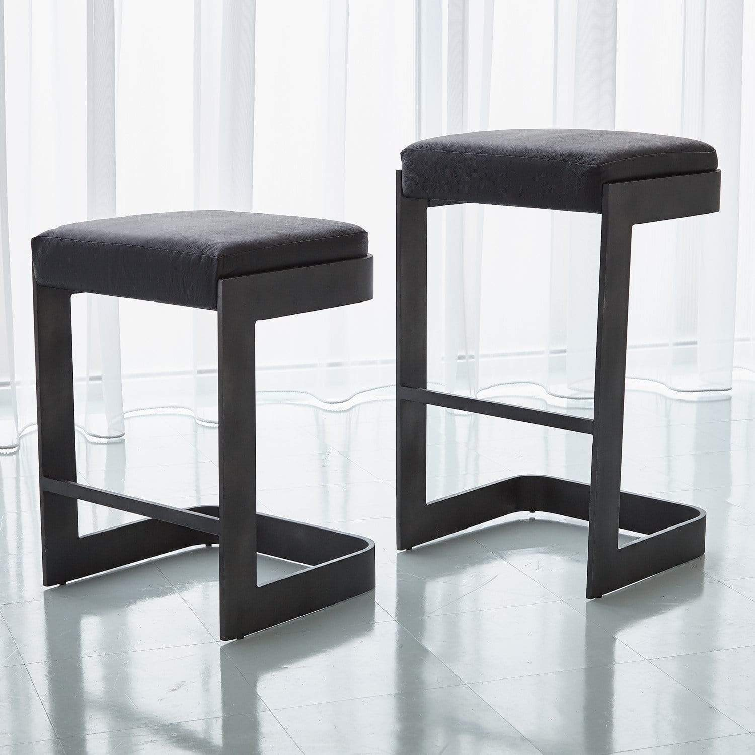 Global Views Global Views Regan Low Bar Stool with Black Leather Graphite 7.90826