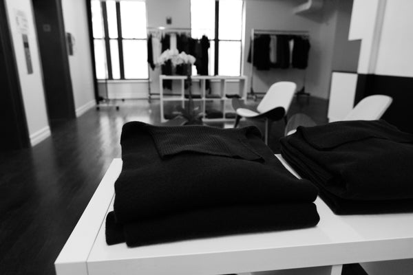 universal-standard-showroom-nyc-clothes-styling