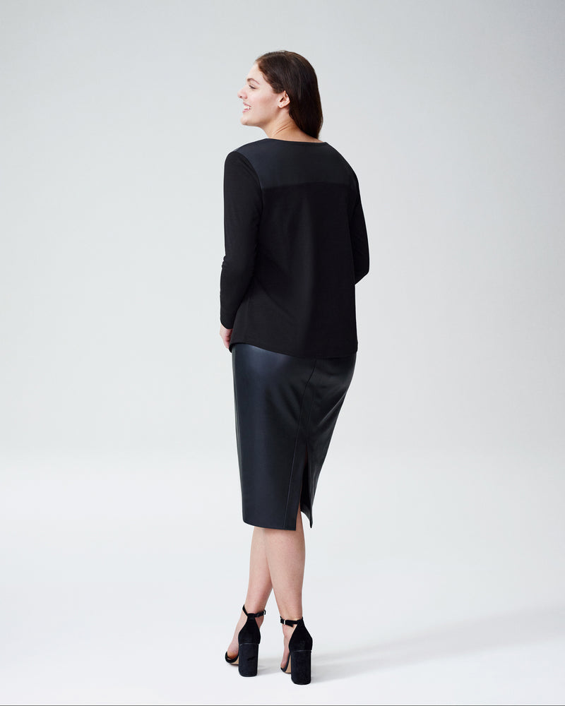 Carver Shoulder Top - Black