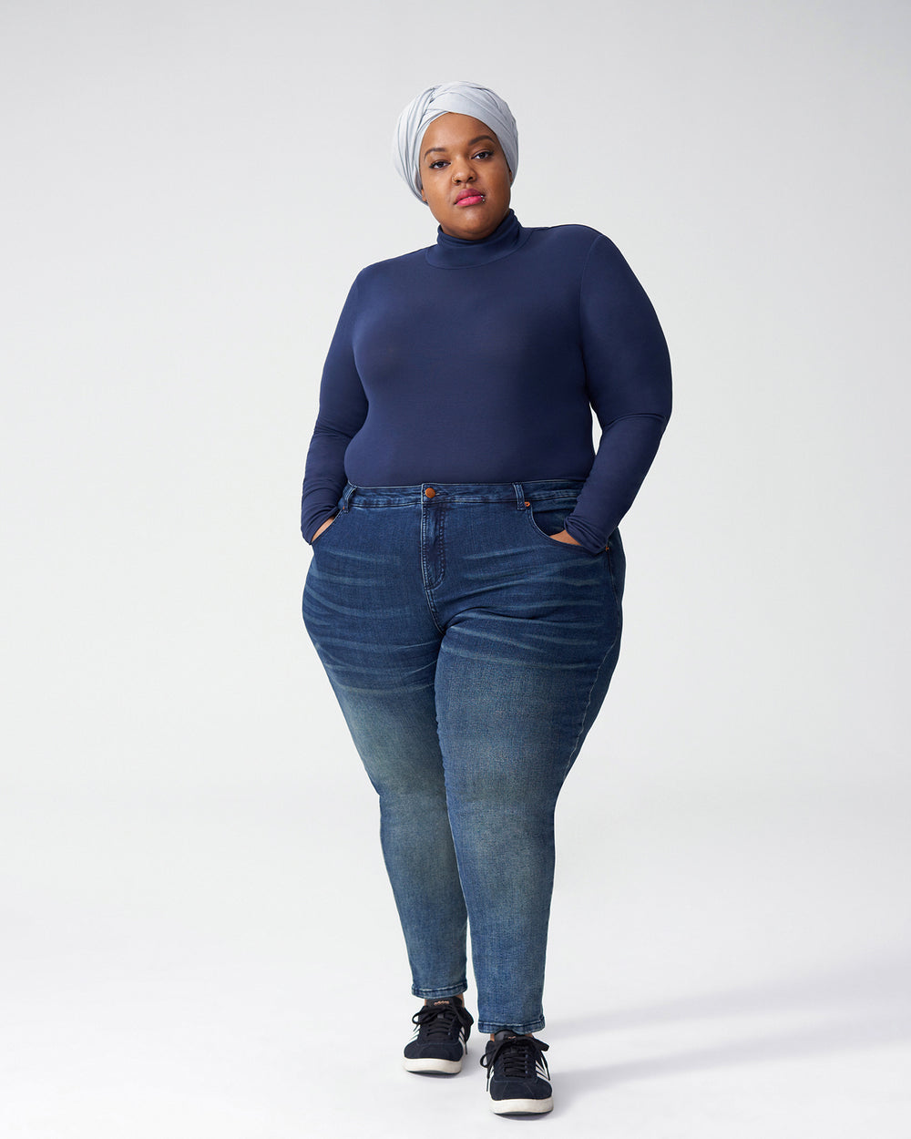 Foundation Turtleneck - Navy