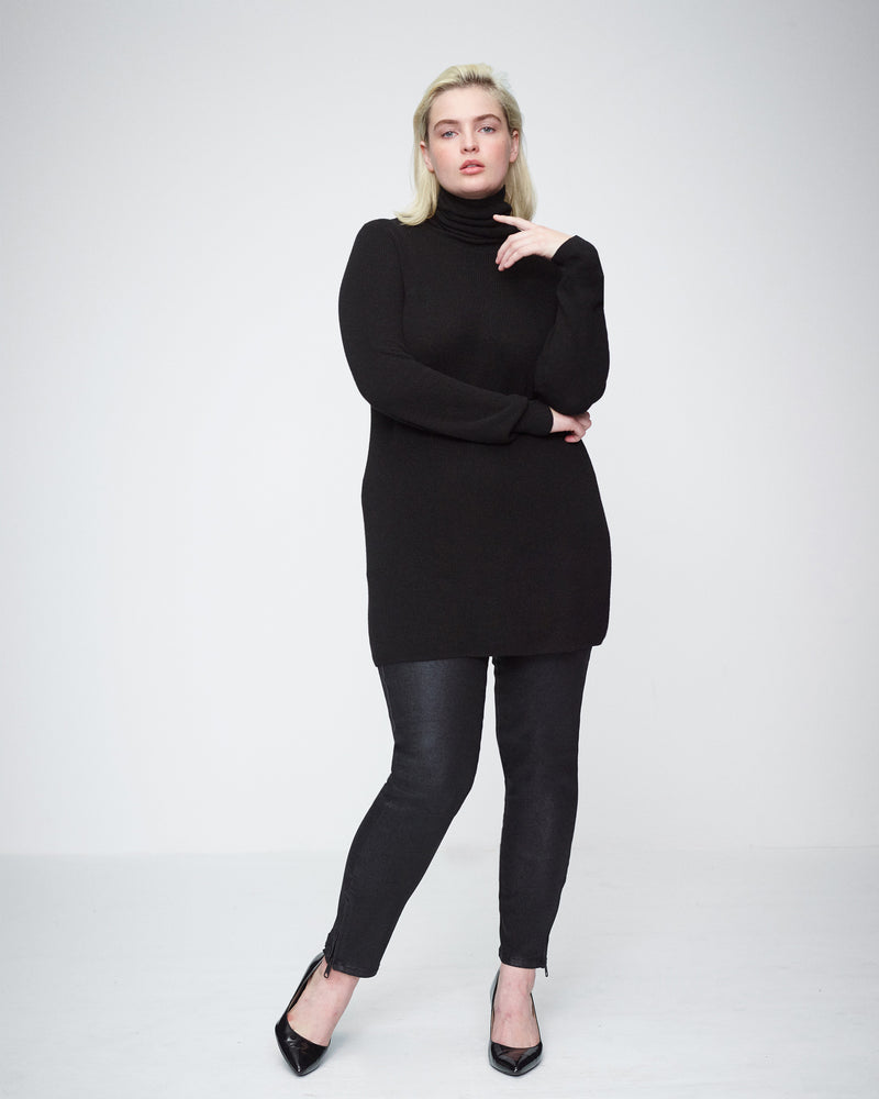 Aso Ribbed Turtleneck Sweater - Black