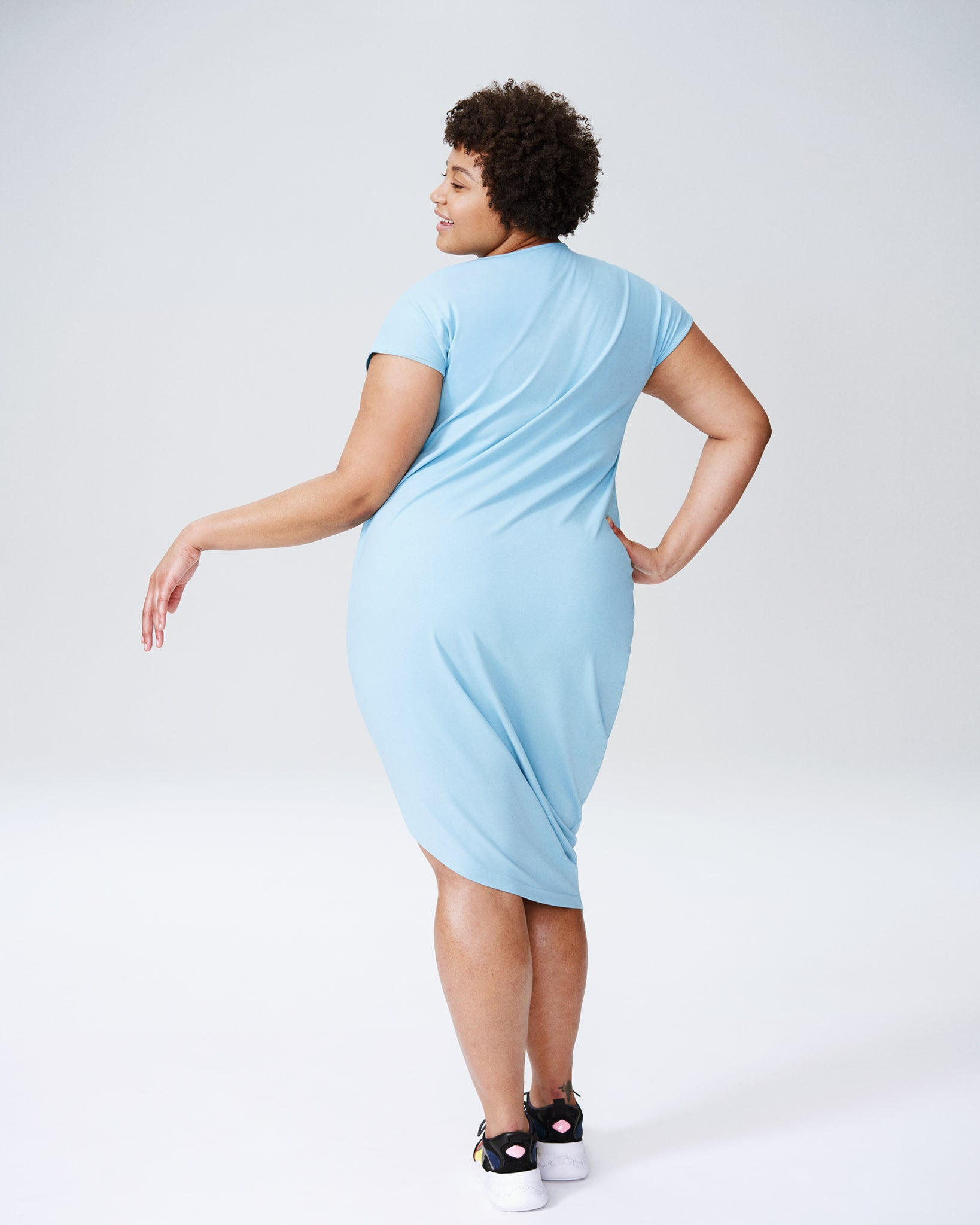 Geneva V-Neck Dress - Carolina Blue