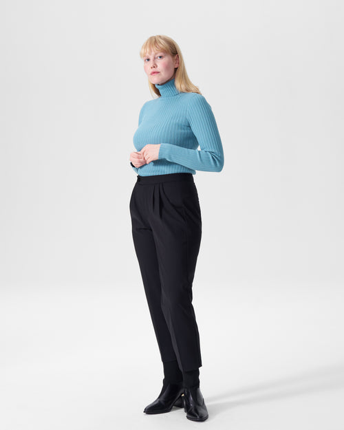 Luz Ribbed Turtleneck Sweater - Powder Blue