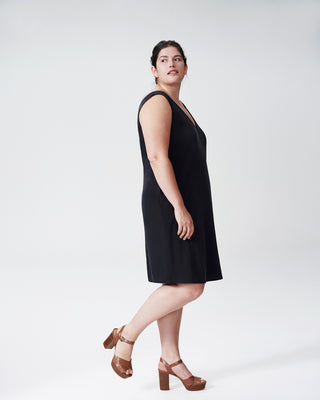 Jade V-Neck Shift Dress - Black