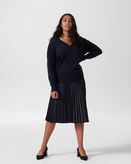 Katla V Neck Sweater - Navy