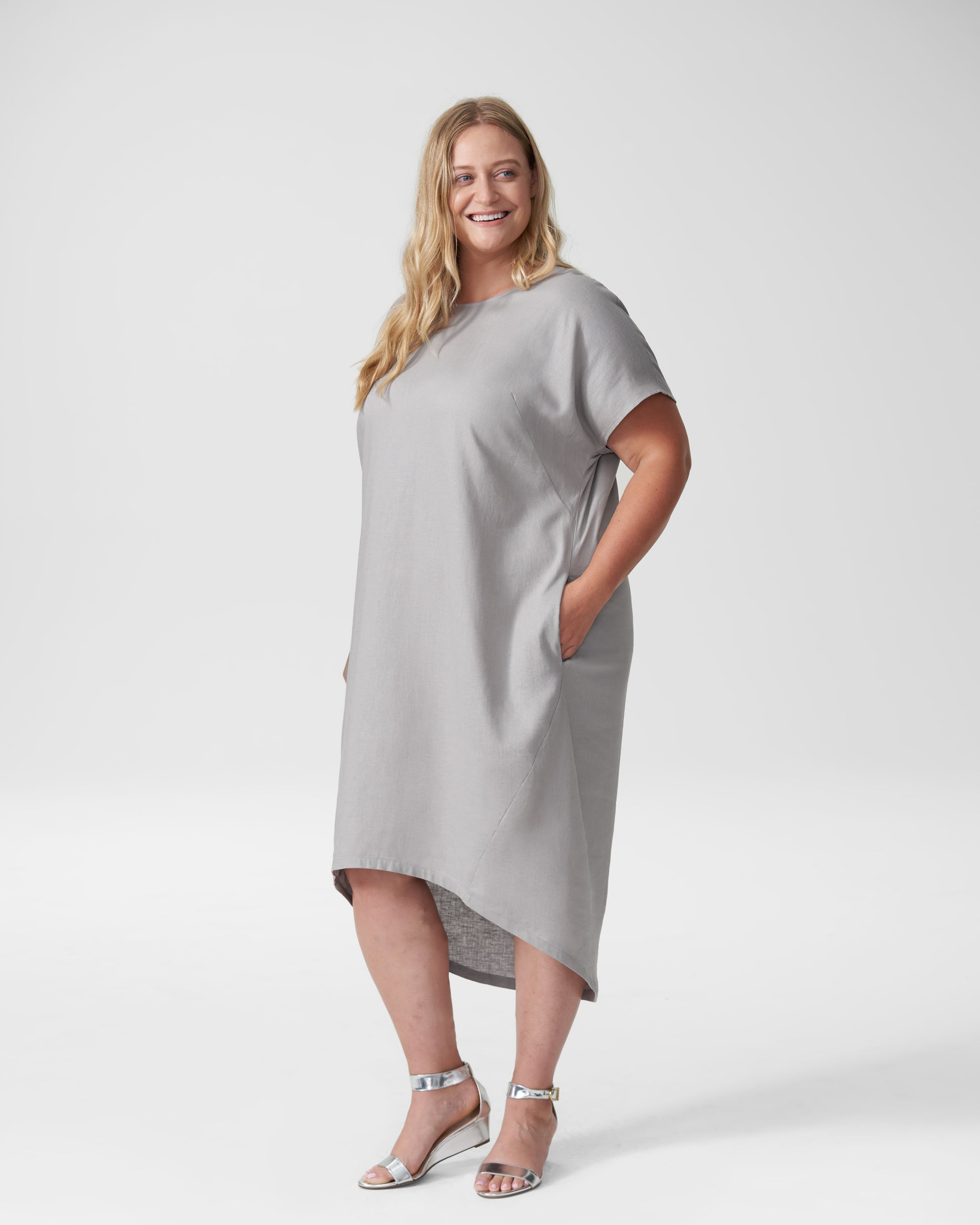 Sarah Linen Shift Dress - Grey