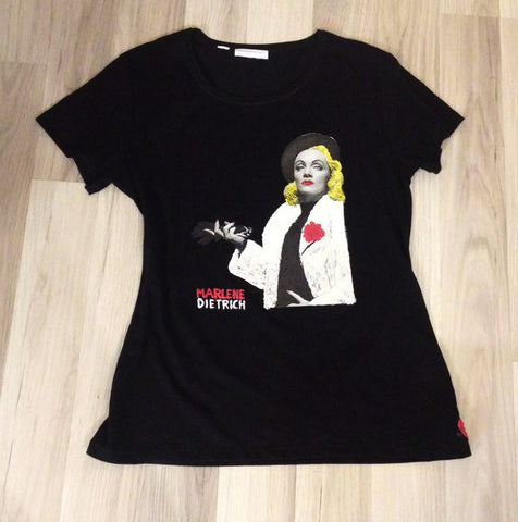 Marlene Dietrich painted 3d T-shirt by Quortshirts