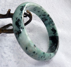 """Yang"" Peppery Black Veins on Green Burmese Jadeite Bangle Bracelet 63mm + Certificate (4982)"