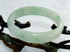"""Glowing"" Precious Jadeite Bangle Bracelet 57.5mm (BB2627)"