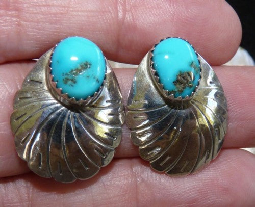 Vintage Southwestern Native American Made Sterling Silver Turquoise Earrings (BOX-EAR-10)