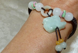 """Luck and Happiness"" Jadeite Rabbit Adjustable Bracelet (FJB-63)"