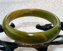 """Dao"" Colors of Earth Chinese ""River Jade""  Bangle Bracelet  59mm (NJ1012)"