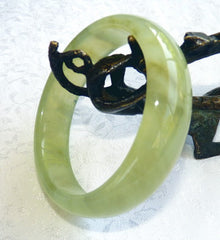 """Soft Cloud"" Green Chinese Jade Bangle Bracelet 59 mm (NJ2636)"