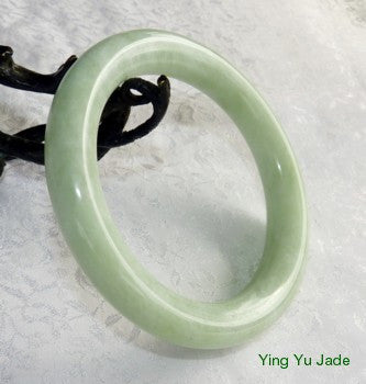 """Swirly"" Veins Natural Chinese Jade Traditional Round Bangle Bracelet 68mm (NJRJ91)"