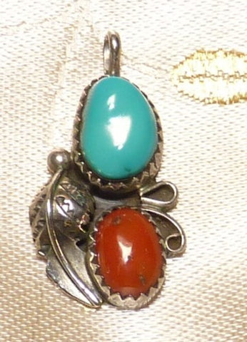 Vintage Classic Arizona Tribe Sterling Silver Turquoise Coral Pendant (BOX-P-3)