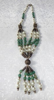 Vintage Pre-owned Jade and Pearl Decorative Necklace - (TI-1285)