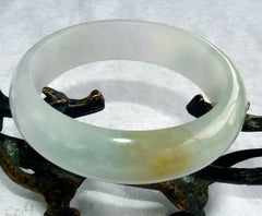 "Estate Pre-Owned ""Glowing"" Green Lavender Honey Burmese Jadeite Bangle Bracelet 58.5mm (TI-1296)"