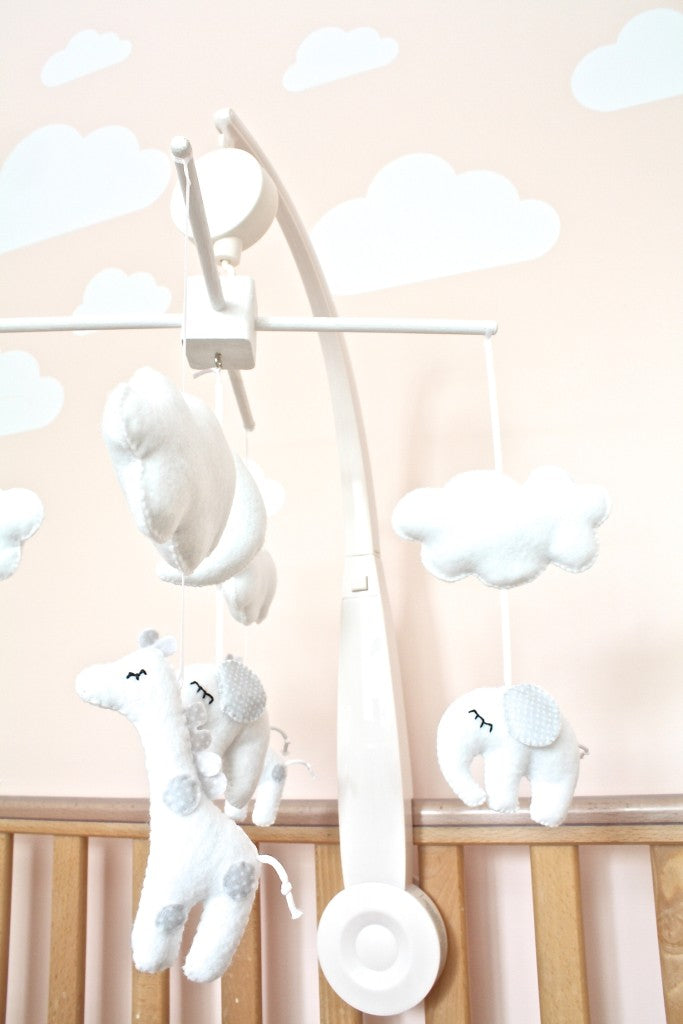 elephant and giraffe baby mobile