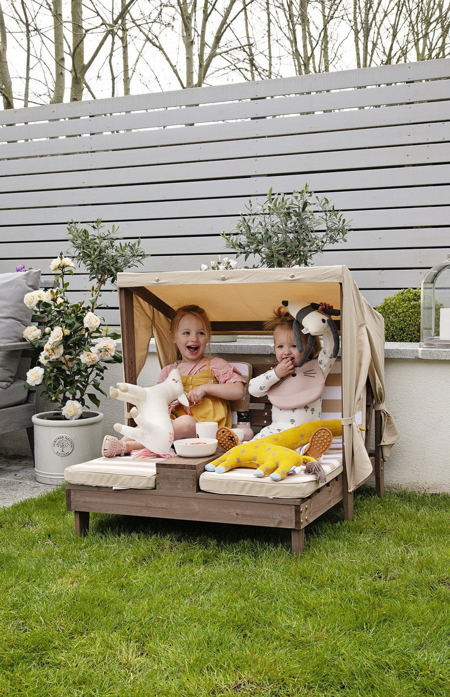 KidKraft Double Chaise Lounge - Oatmeal