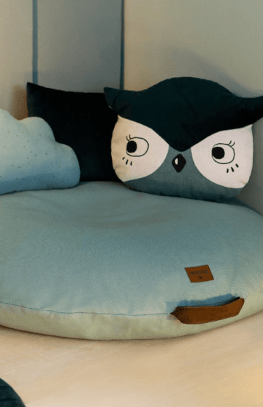 Nobodinoz Owl Cushion - Eden Green
