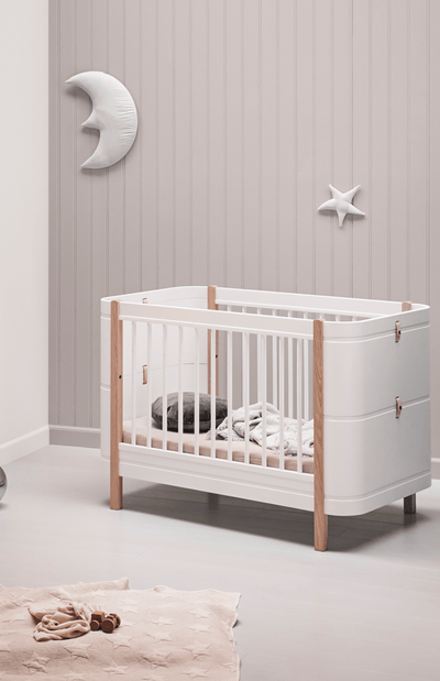 Oliver Furniture Mini+ Basic Cot Bed (0-9 Years)