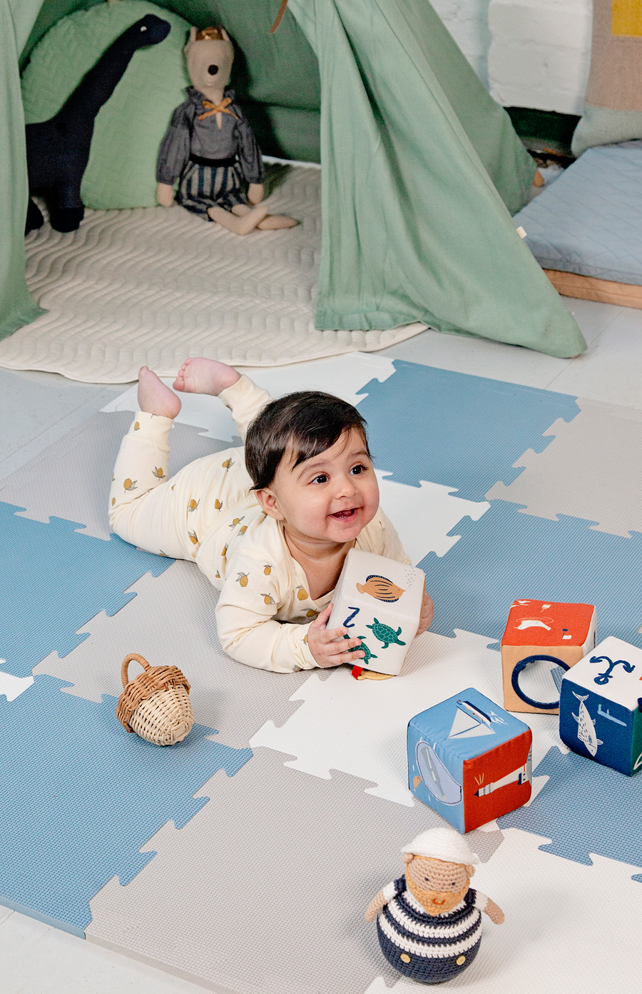 The Modern Nursery Puzzle Playmat - Sky