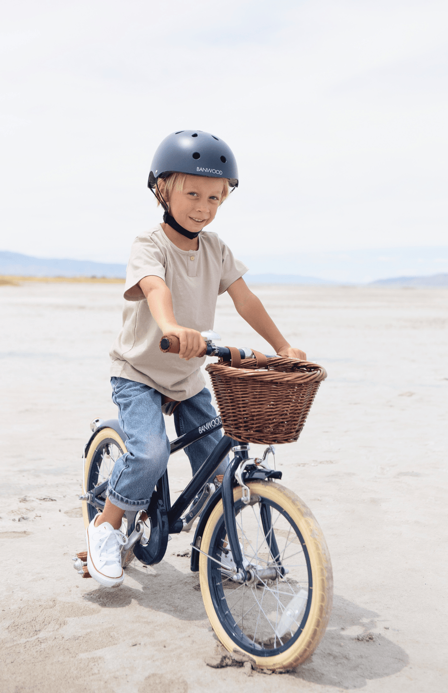 Banwood Classic Pedal Bike - Navy