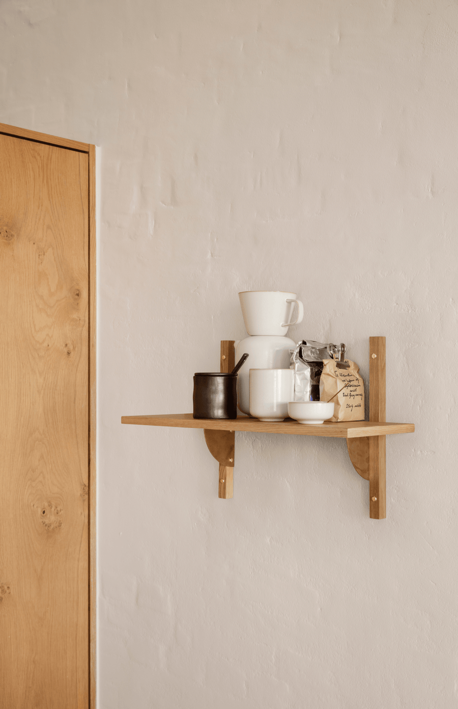ferm LIVING Sector Narrow Single Shelf - Oak/Brass