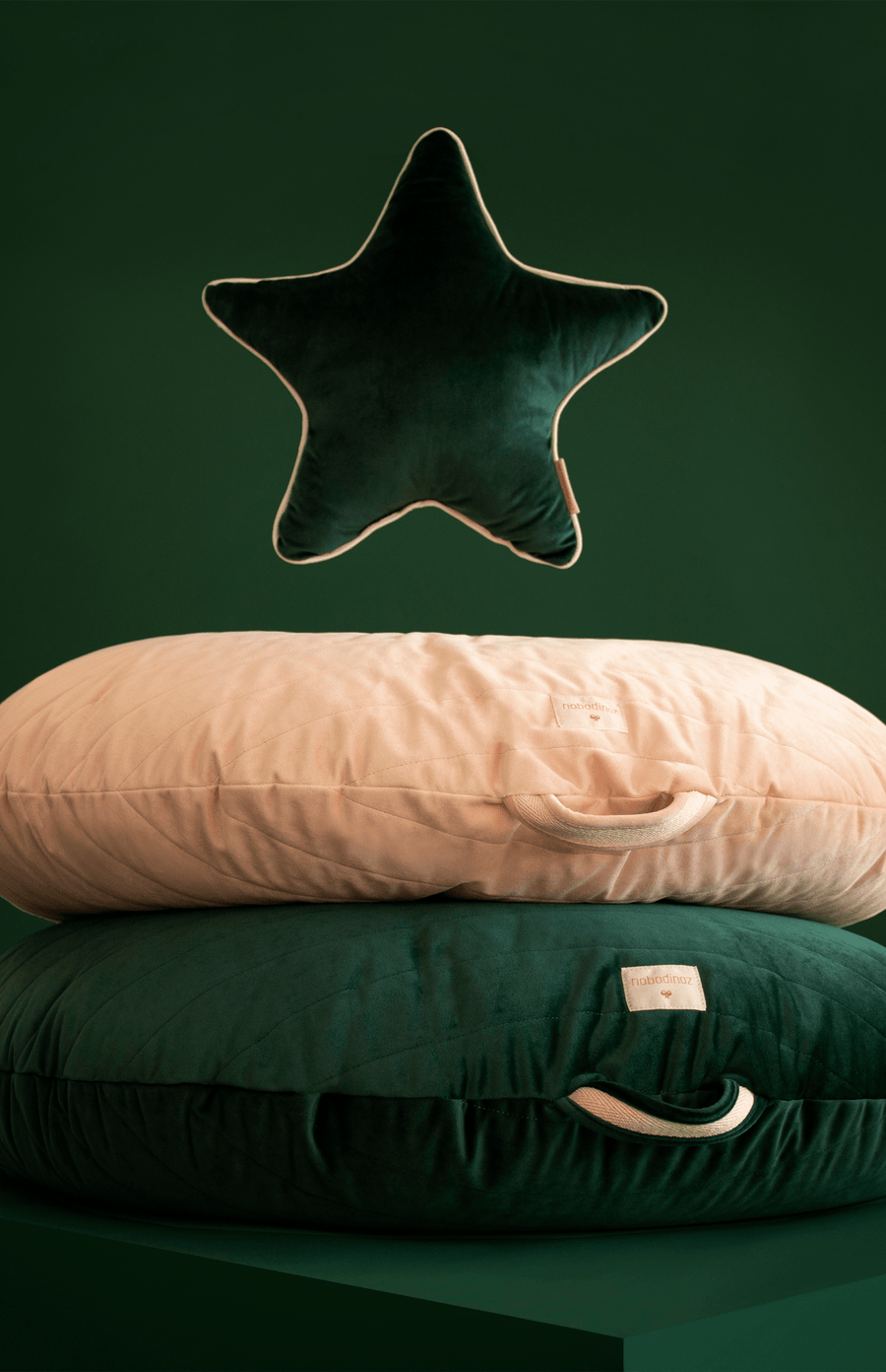 Nobodinoz Aristote Star Velvet Cushion - Jungle Green