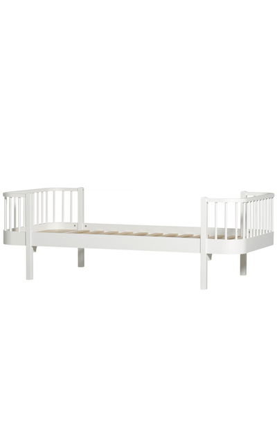 Oliver Furniture Wood Junior Bed