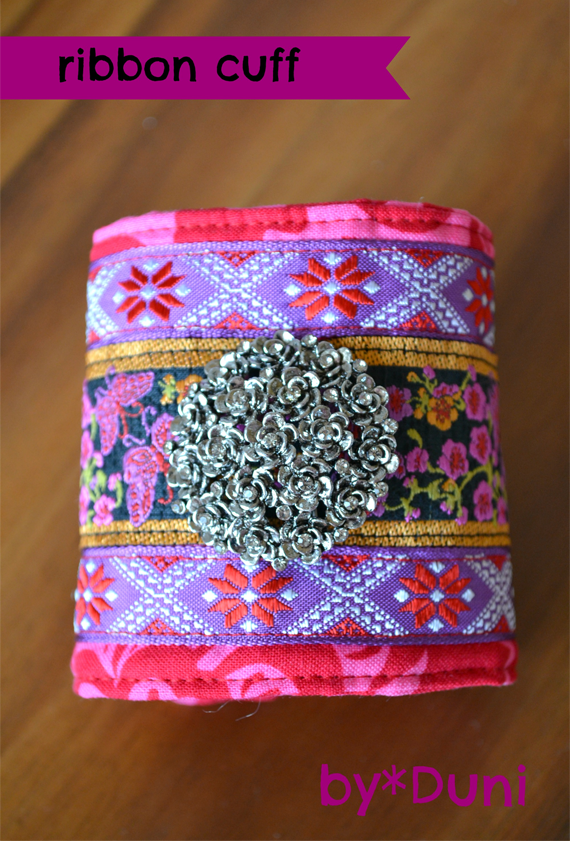 A free ribbon cuff tutorial from Bubby and Bean