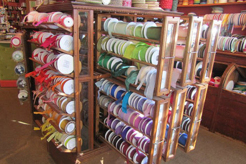 How to display your Renaissance Ribbons spools with very economical suggestions!
