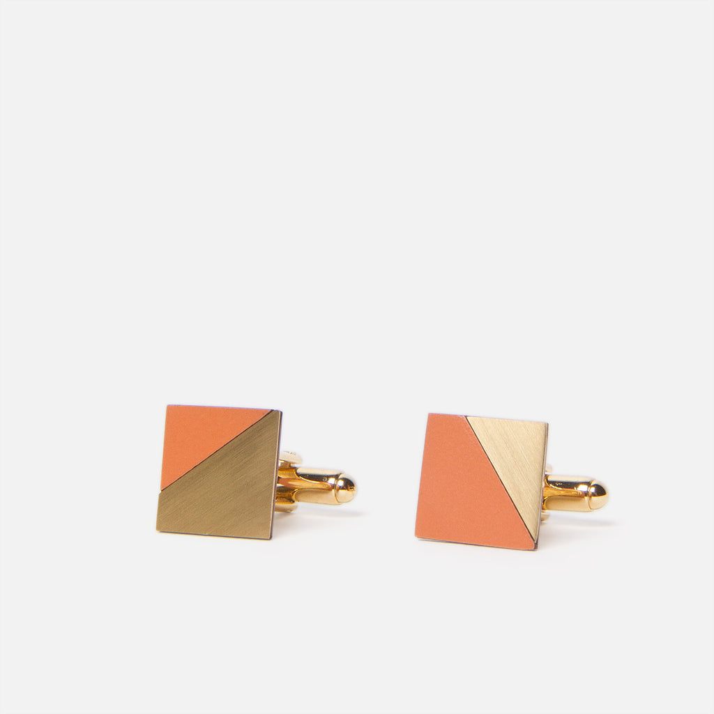 Tom Pigeon Form Square Brass/Tan Front