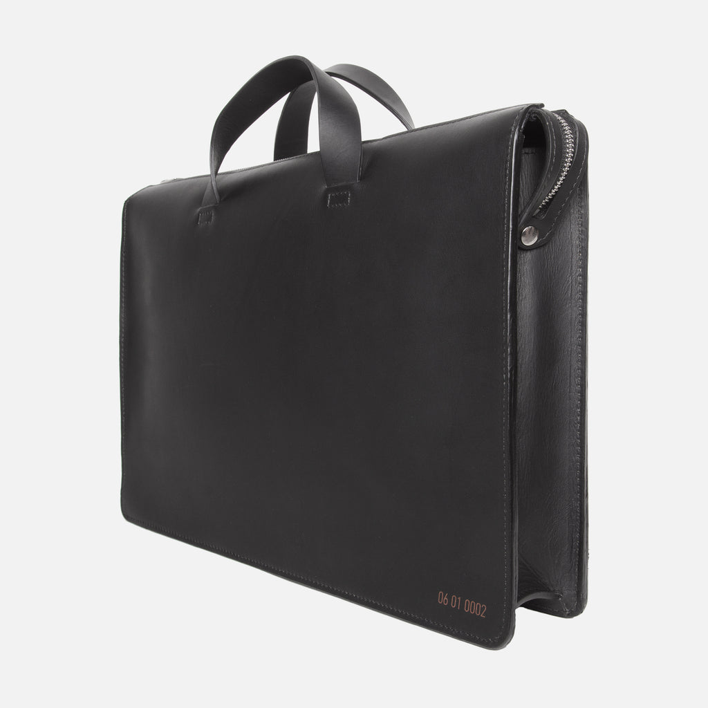 Le Feuillet Briefcase Black Slanted