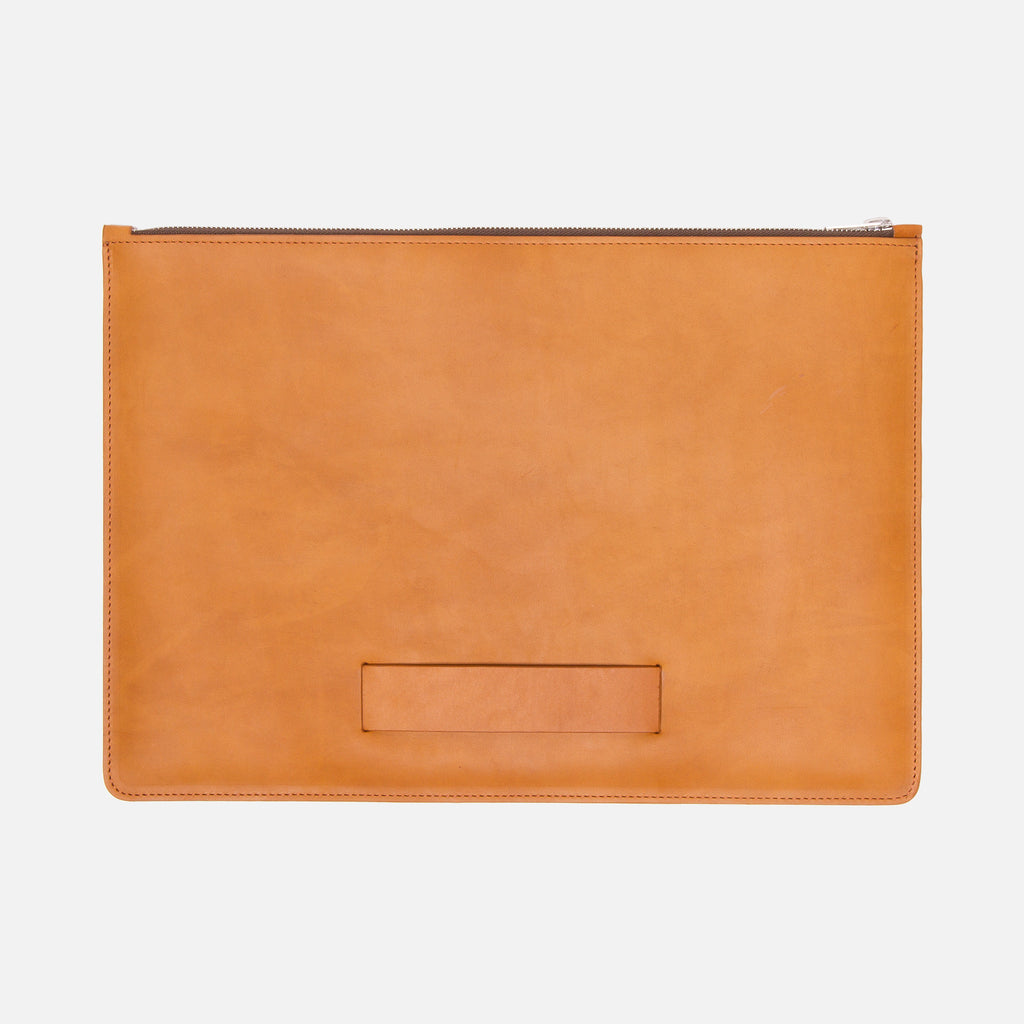 Le Feuillet La Pochette à Main Medium Cognac Front with Lateral Strap