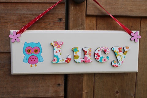 Bright floral plaque with owl illustration