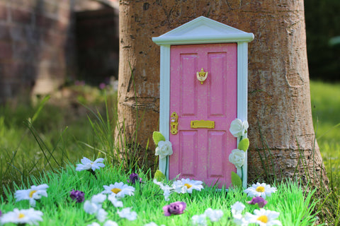 Pink magical fairy door with extras!