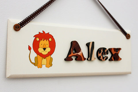 Lion illustrated jungle plaque