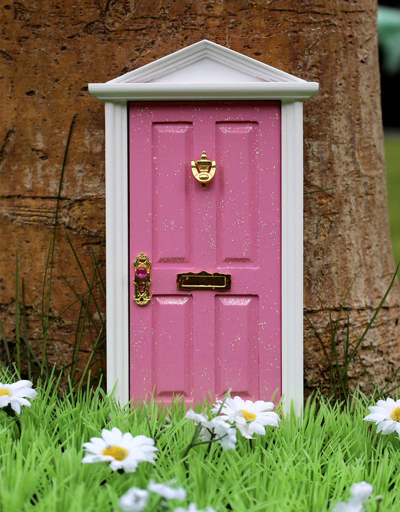 Pink magical fairy door flitterbee for Pink fairy door