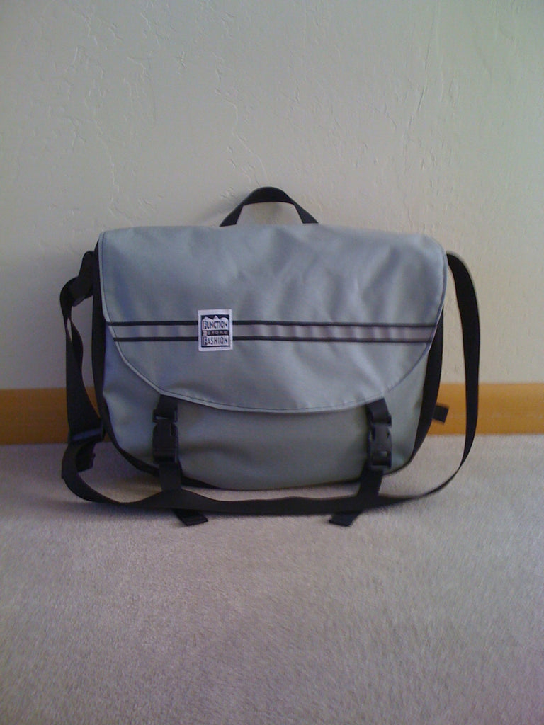 Messenger Bag - Medium